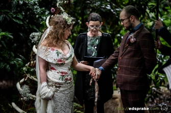 stefanie-elrick-alternative-weddings-ed-sprake-photography-jojo-crago-34