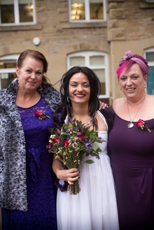 alternative-weddings-manchester-mcr-stefanie-elrick-stefanie-fetterman-loren-adrian-czarny-medieval-16