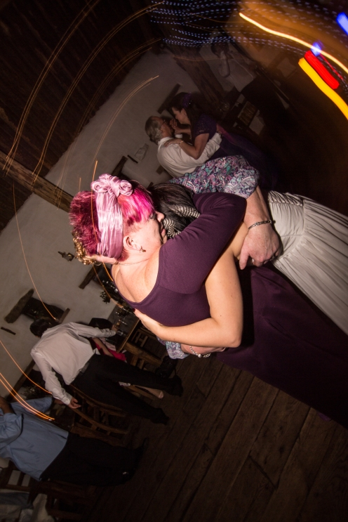 alternative-weddings-manchester-mcr-stefanie-elrick-stefanie-fetterman-loren-adrian-czarny-medieval-40