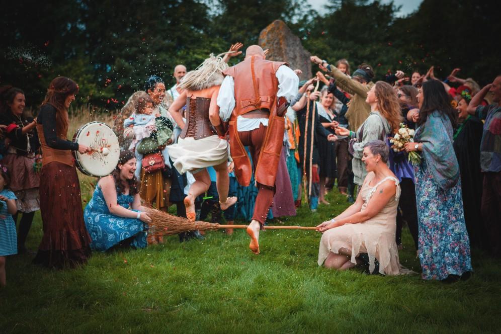 Nicola Hunter Photography Alternative Weddings Stefanie Fetterman Ceremonies (8)