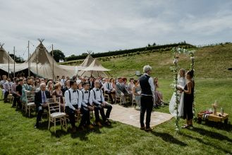 Ginger Beard Weddings Stefanie Fetterman Alternative Weddings (10)